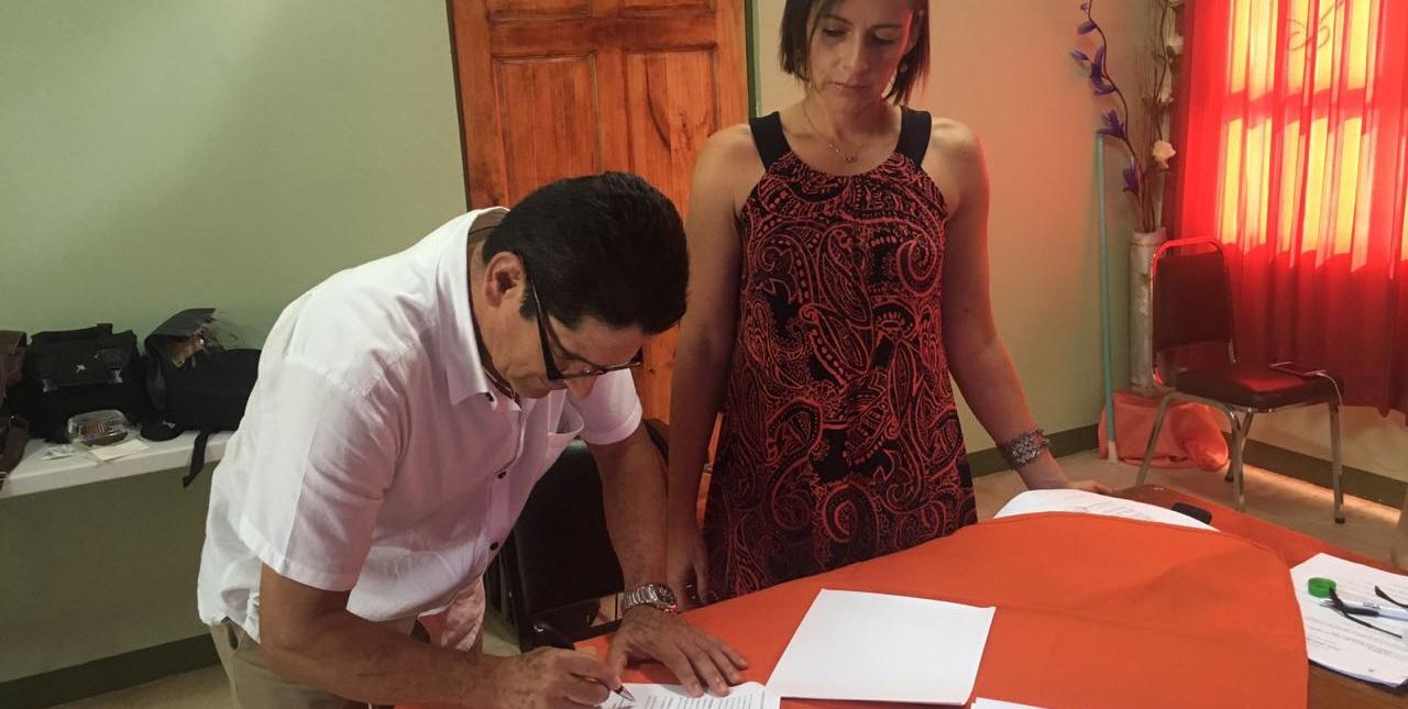 PIMA y empresa de comunicación firman contrato para realizar una estrategia de Comunicación en la Región Chorotega